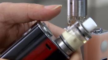 國中生抽4年電子菸肺浸潤 衛福部提案禁止電子菸