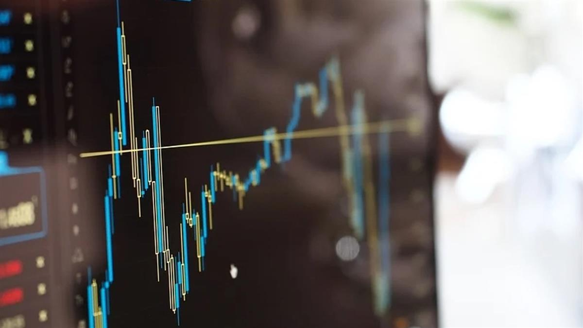 美股走勢分歧 標普續創新高那指收跌