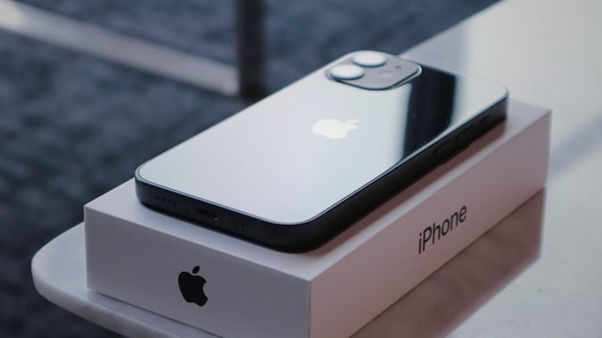 不甩蘋果政策!部分國家要求賣iPhone必須附配件