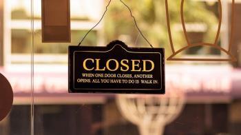 英國兩大零售品牌一天內相繼破產!2萬5千員工生計堪憂