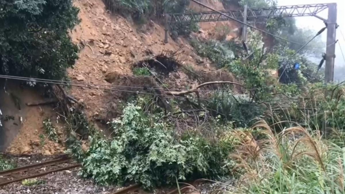 台鐵英雄!猴硐山崩前7公尺撇一眼 司機員拯救全車400人
