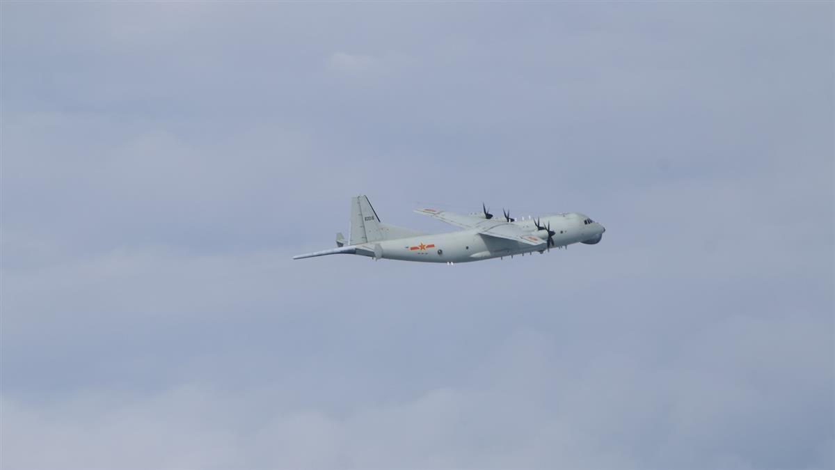 共機又來了!運8反潛、技偵機 擾台西南防空識別區