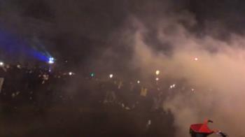 抗議整體安全法 !巴黎連2周末示威 爆警民衝突