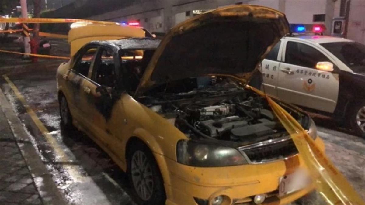 碰一聲!高雄捷運凱旋站外火燒車 計程車司機當場慘死