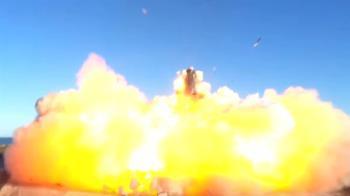 SpaceX星艦火箭降落失敗 高速墜地炸成巨型火球