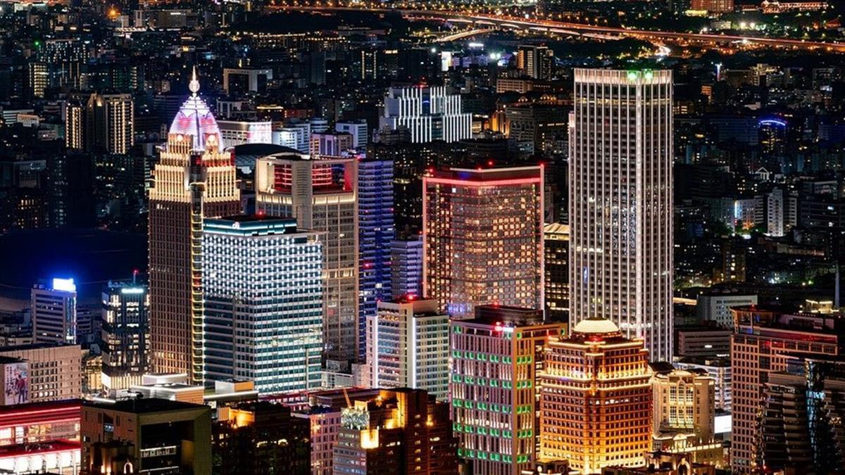 台灣經濟創「2不可思議」 謝金河:走在奮起的大道