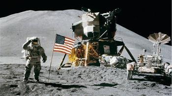 美公布18名太空人團隊 可望出現第一位登月女性