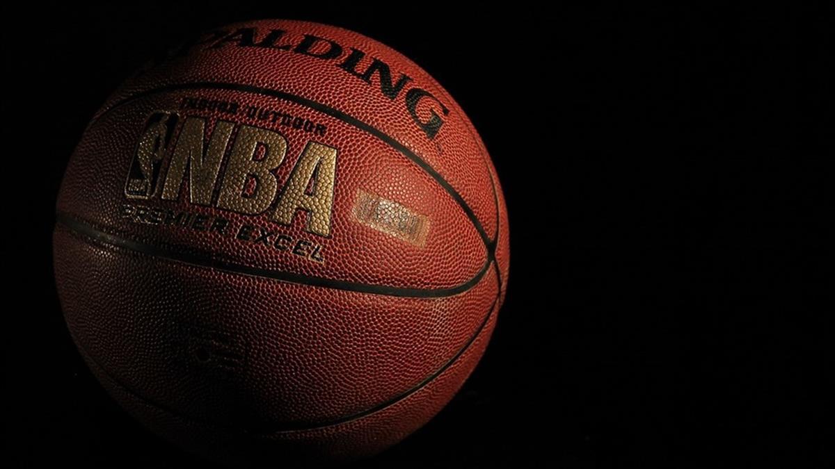 NBA熱身賽開打 不開放球迷進場球員喊怪怪的