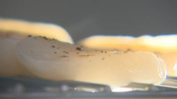 獨/「組合」干貝為碎肉重製塑型 「天然」干貝貴一倍