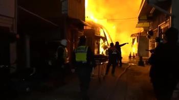 電動機車拉延長線充電爆炸起火 屋主20%燒燙傷