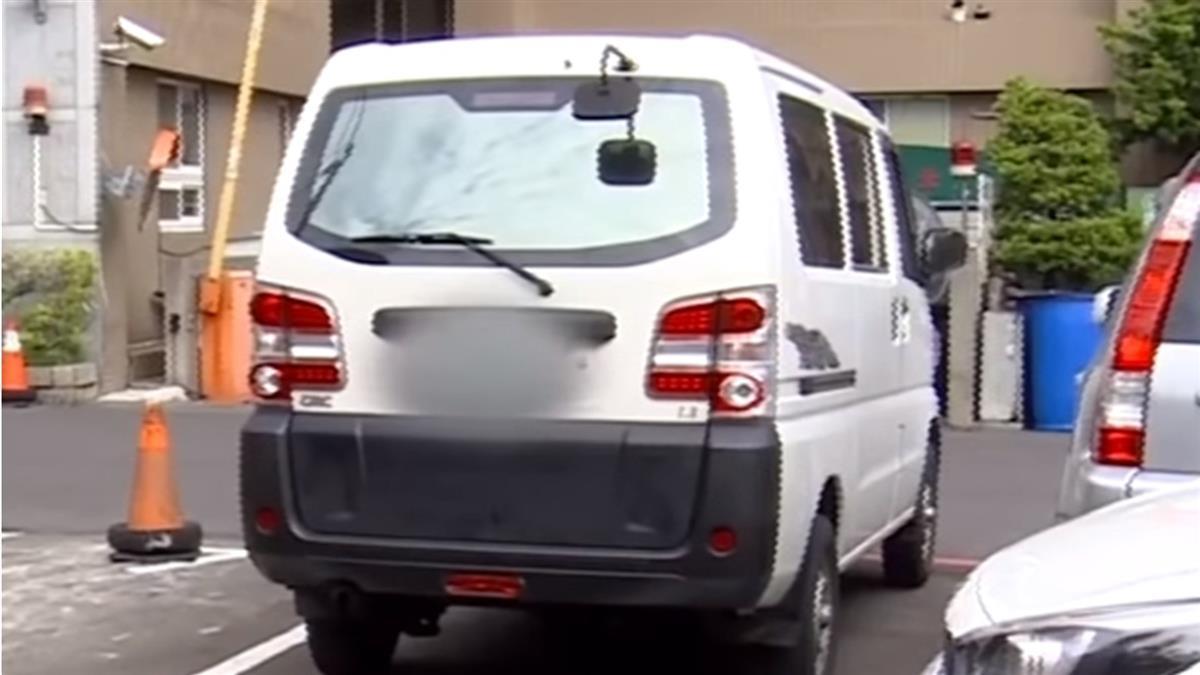 霸王車占車格五天 跪求警方連絡車主「竟不接」