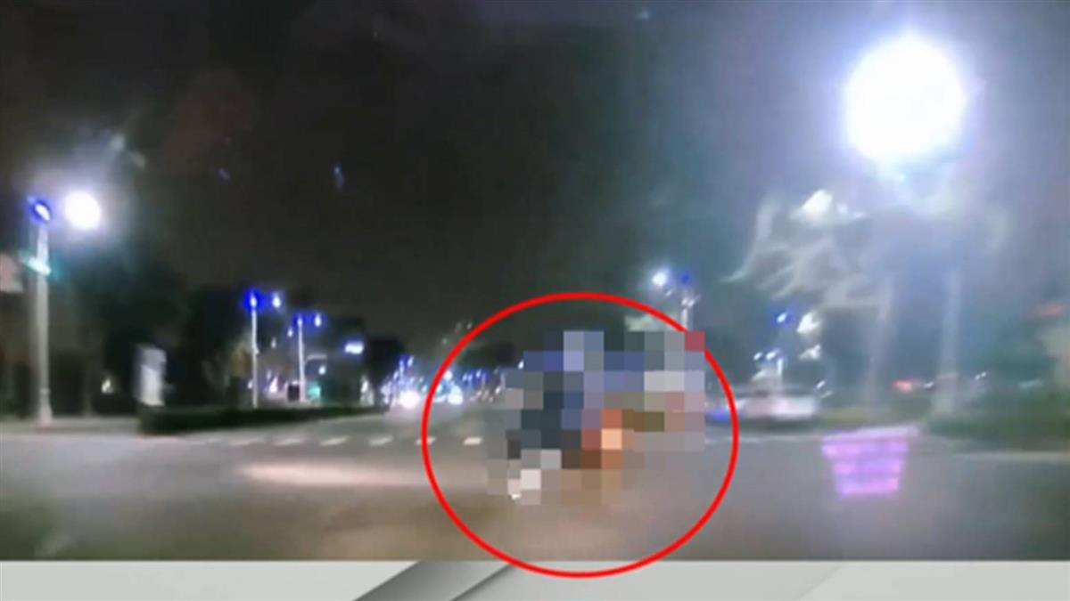 9秒影片曝光!虎尾科大情侶左切遭撞飛 車道刮出火花