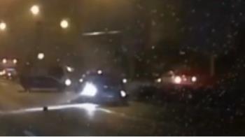 疑超車不當?國道變換車道擦撞鄰車 奇蹟無人受傷