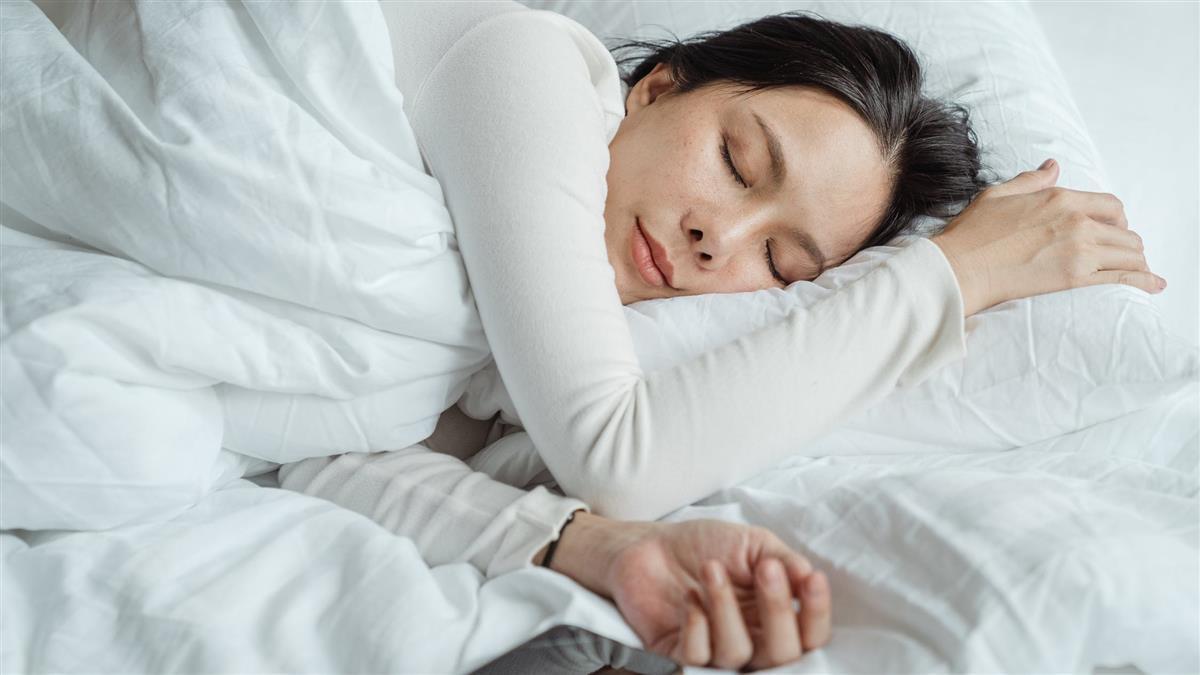 冬天賴床有道理?最新研究:與人類生理機制有關