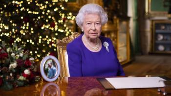 英國女王聖誕致辭:多事之秋的穩定象徵