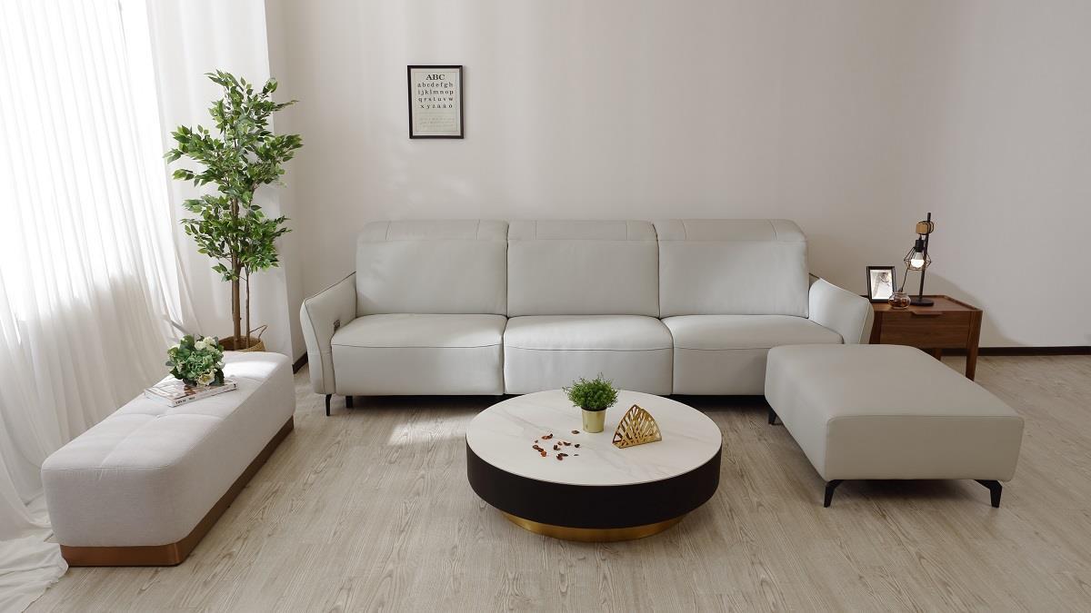 達人分享電動沙發居家搭配術 在家耍廢也像打卡景點