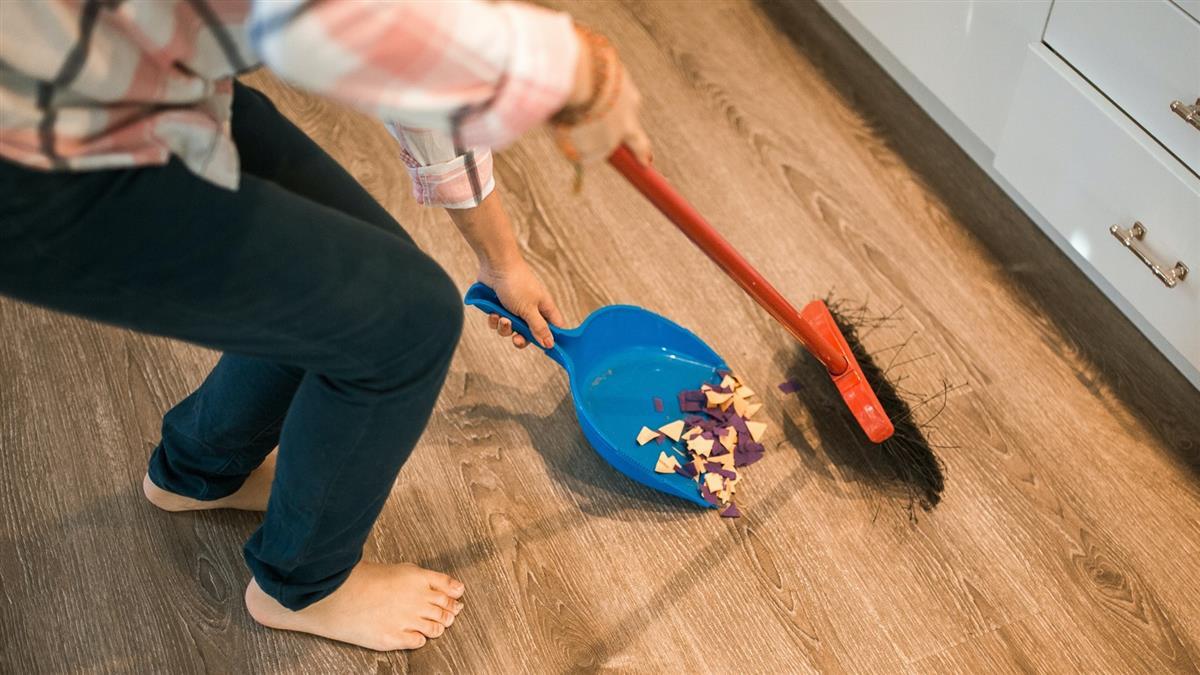逼打掃阿姨讓自己舒服 21歲男離奇墜樓「頭蓋骨沒了」