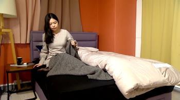 寒潮來襲!睡覺保暖蓋毯子、蓋棉被裡外引論戰