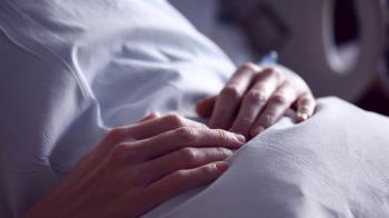 女病患診間激戰名醫、拍婚紗 嗆正宮下場曝光