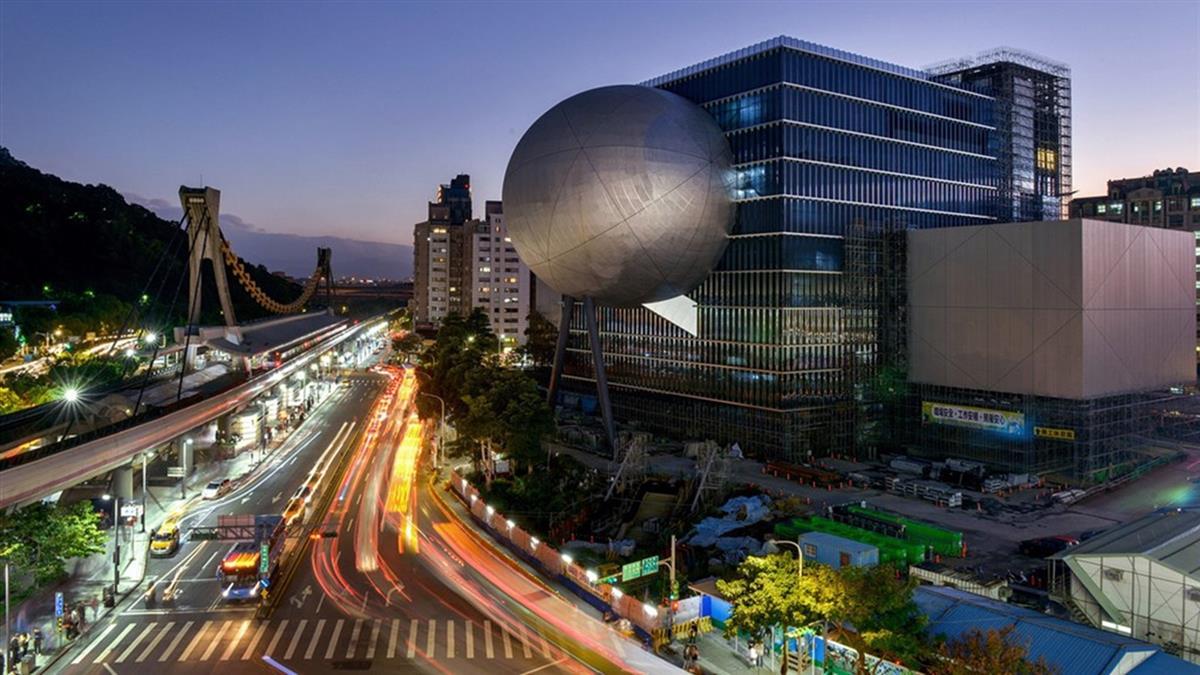 一顆銀球成當代地標 台北表藝中心獲CNN評選精彩建築
