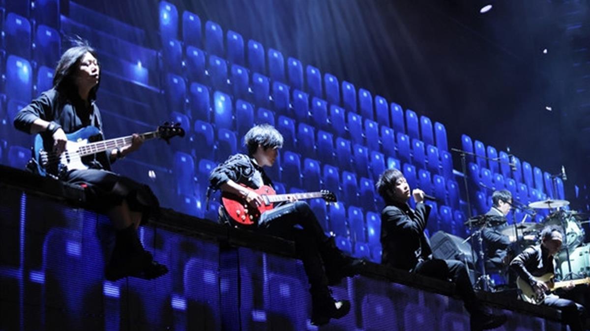 震驚!五月天宣布3月台南場演唱會「售票延期」:致上最深歉意