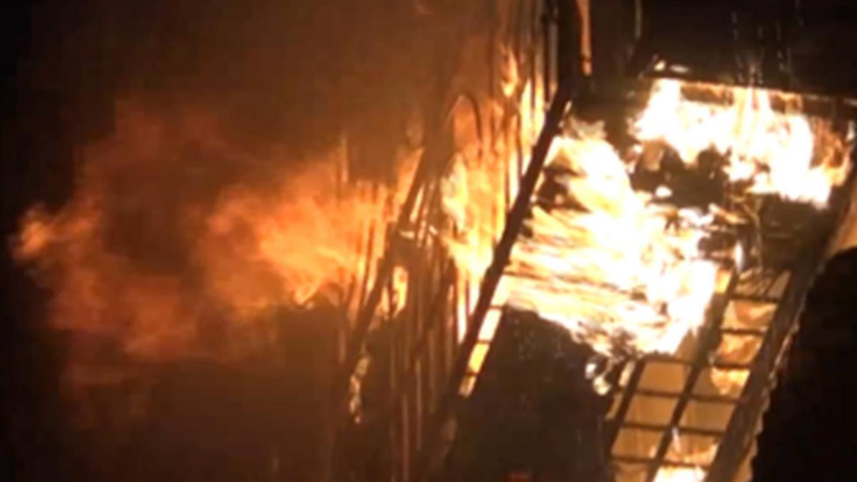 高市小港民宅暗夜火警 通報救護病患卻成男焦屍