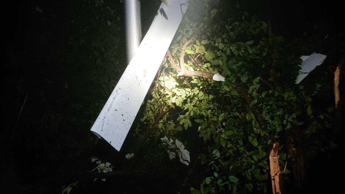 屏東輕航機失事2人亡 專家:可能起霧造成迷航