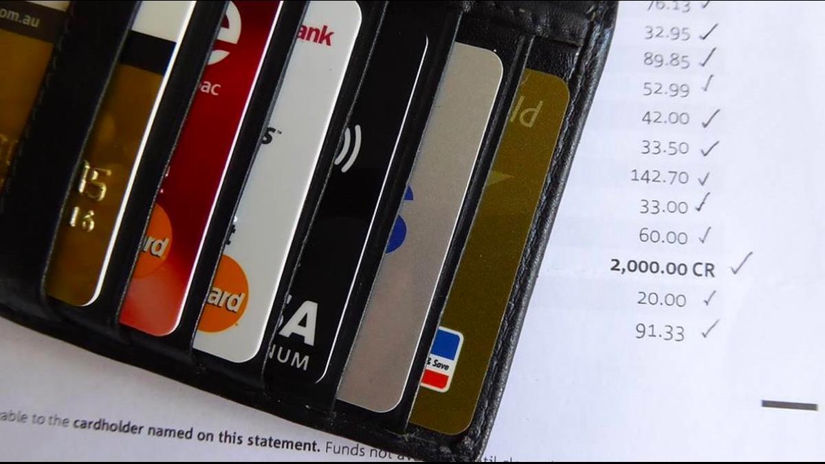 菲律賓參議員信用卡遭盜刷!1小時噴62萬 竟是狂訂餐