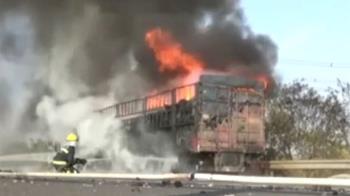 8萬網購品因車禍起火燒毀 民眾只收到一千元賠償金