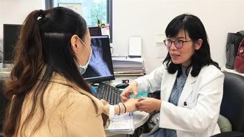 寒流致「類風濕性關節炎」加劇 醫師教你5大步驟減輕疼痛