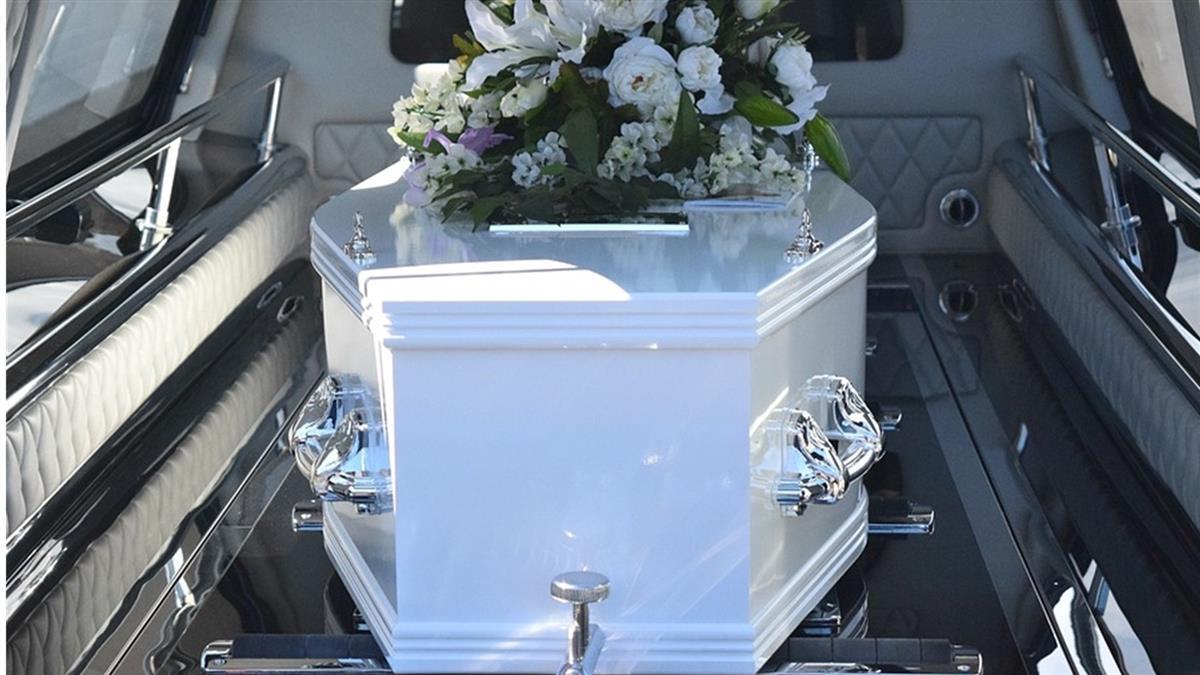 尪確診新冠肺炎亡!妻悲痛辦葬禮 4天後他竟奇蹟復活