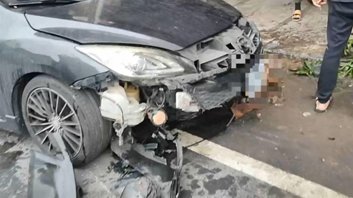 失速逆向衝撞14輛機車 22歲駕駛肇逃
