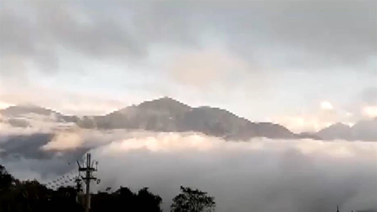好美!南投山區雲海圍繞 彷彿夢幻仙境