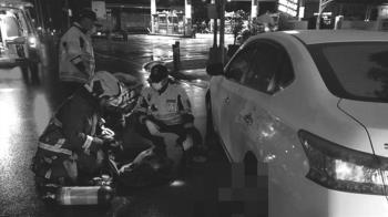 快訊/台中2機車追撞 騎士倒地遭輾渾身血慘死