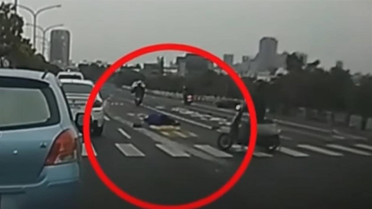 轎車闖紅燈撞飛女騎士未停 多名騎士熱血追車攔下