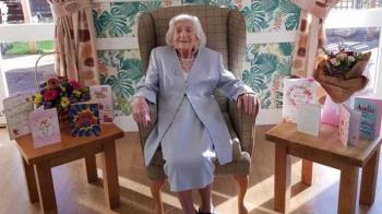 106歲奶奶二度擊敗新冠肺炎 不婚不生「晚上一杯威士忌」