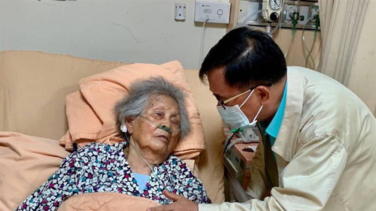 扁媽睡夢中辭世 陳水扁:她說她要睡了,再也醒不來了