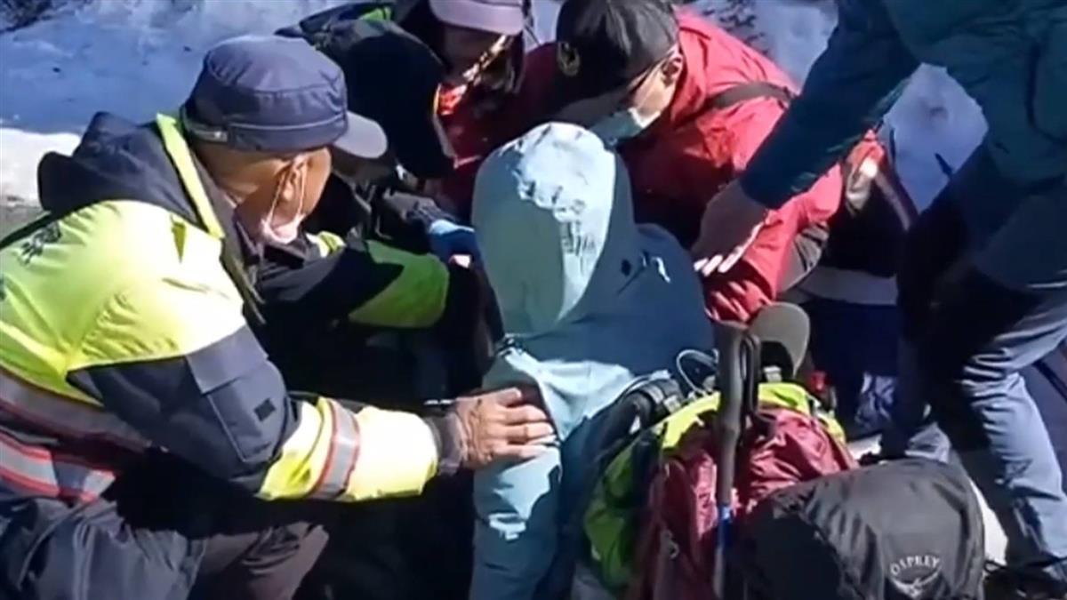 女賞雪摔倒腿骨折 警救援講笑話安撫