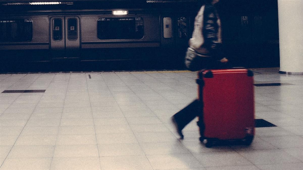 女護理師北上部桃工作 男友家人偷丟她行李:好聚好散
