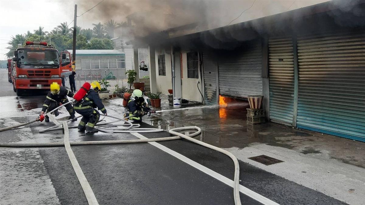 快訊/屏東鐵皮屋火警!消防灌水搶救後…屋內驚見女焦屍