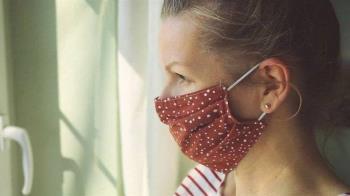 新冠病毒:室內聊天不戴口罩「傳染風險超過咳嗽」