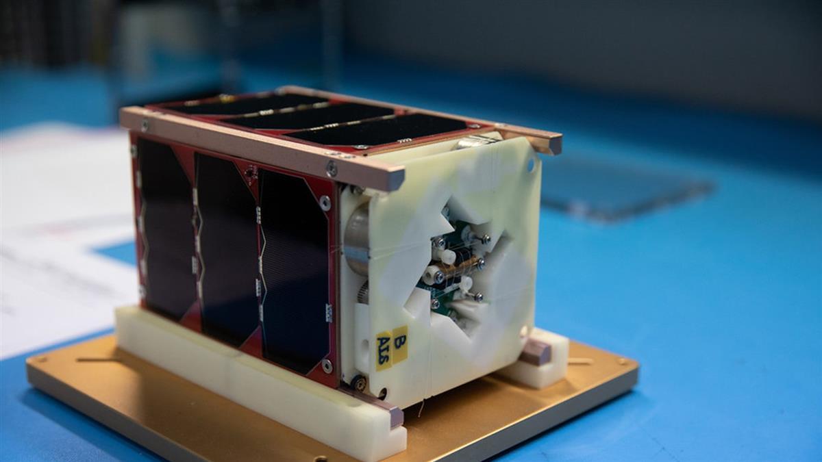 台灣自製衛星飛鼠與玉山 今晚搭乘SpaceX火箭升空