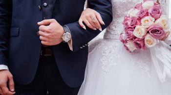 砸200萬結婚!新郎宴上「做壞事」 新娘氣炸退婚