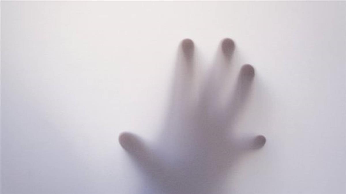 玩抖音「昏迷挑戰」 10歲女童倒浴室窒息身亡