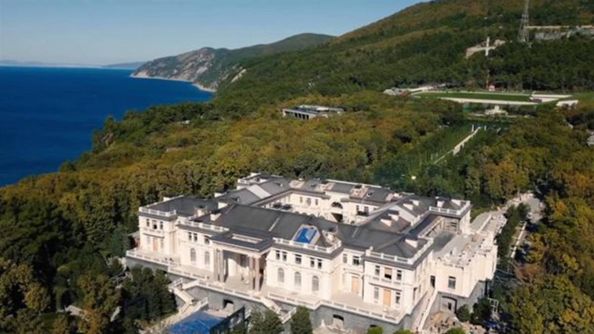 俄羅斯反對派揭發神秘別墅 普丁說:不是我的