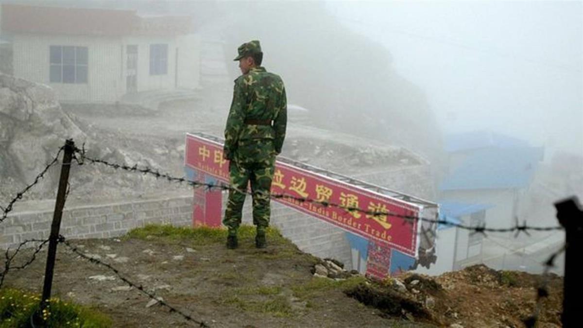 中印邊境爭議:兩國軍隊在錫金北部附近發生了什麼