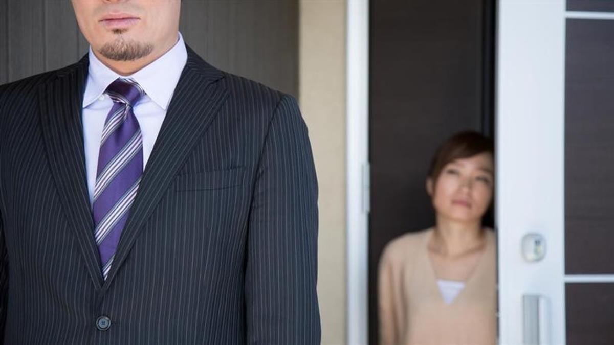 他拒絕包12萬紅包給岳父母 新婚妻怒:豬腦袋不知變通