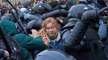 TikTok在俄羅斯:當局批社交媒體未及時刪抗議帖,威脅將罰款