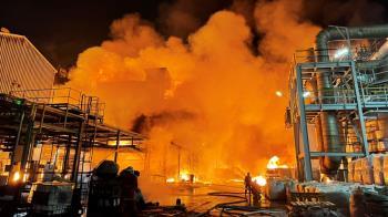 高雄林園聯成化工廠爆炸 濃煙飄台灣海峽「將罰500萬」