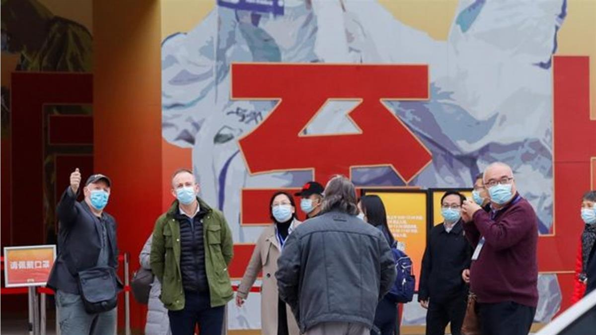 WHO新冠溯源團隊在武漢開始實地考察 前往醫院和抗疫成就展